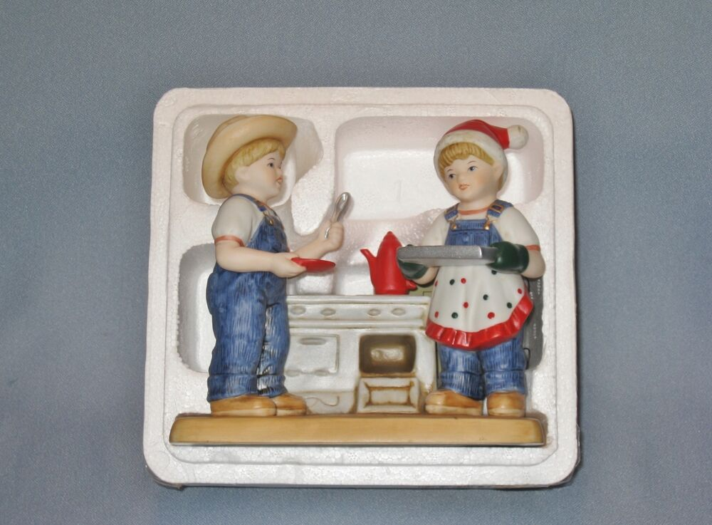 Nib 39 cookies for santa 39 denim days porcelain figurine home Home interiors figurines homco
