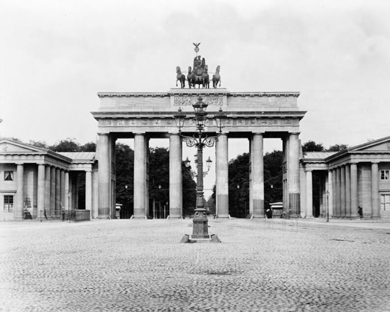 brandenburg gate in berlin germany 1800s photo print ebay. Black Bedroom Furniture Sets. Home Design Ideas
