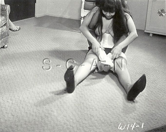 Vintage 1960S Nude Rp- Black  White Women Wrestling -5297