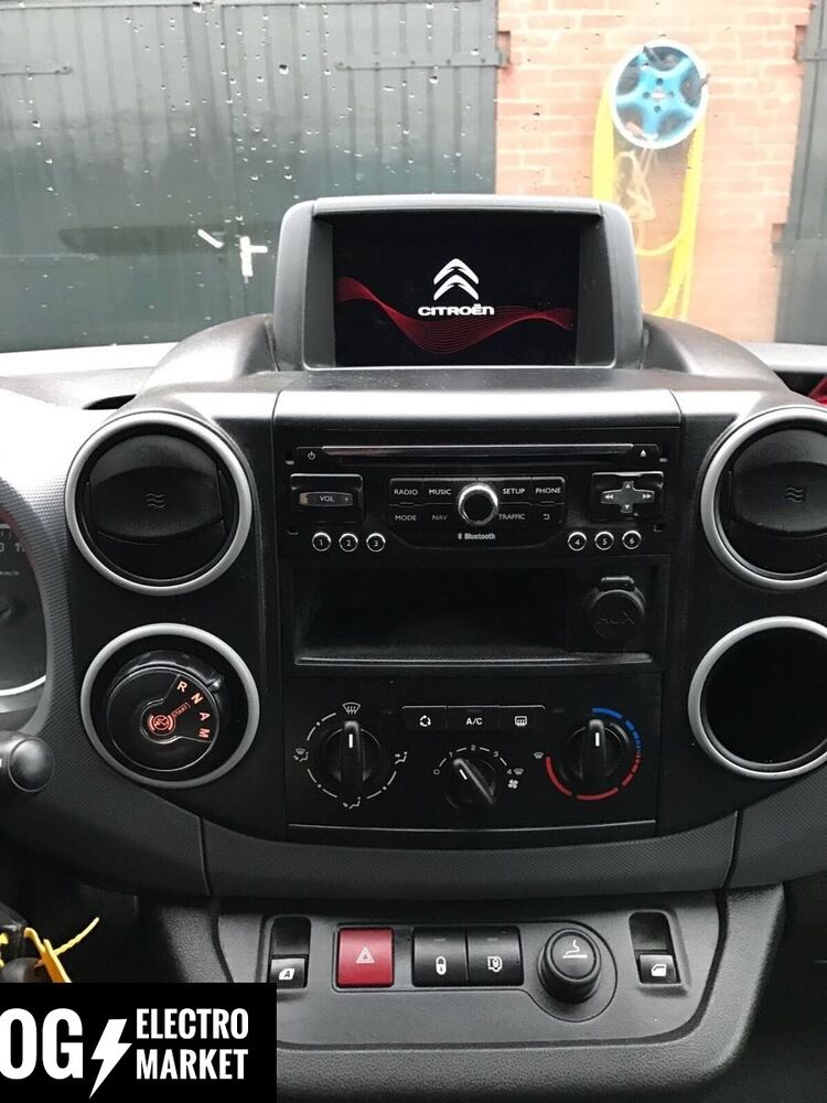 citroen berlingo gps navigation system set radio sat nav rneg2 rt6 wip nav ebay. Black Bedroom Furniture Sets. Home Design Ideas