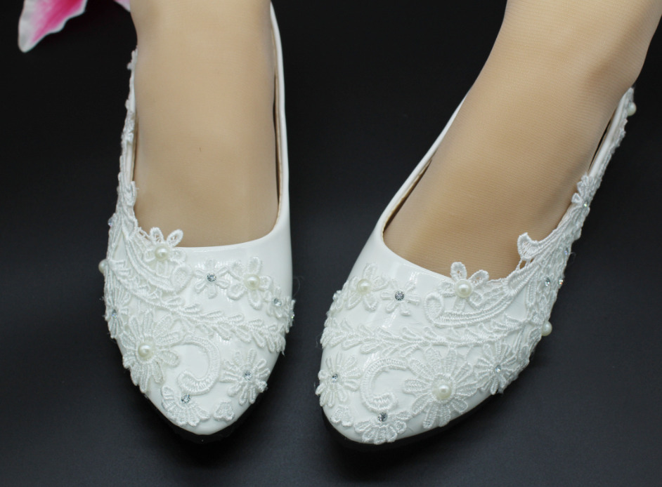 1363e680ed7082 Details about fashion Lace white ivory crystal Wedding shoes Bridal flats  low high heel pump