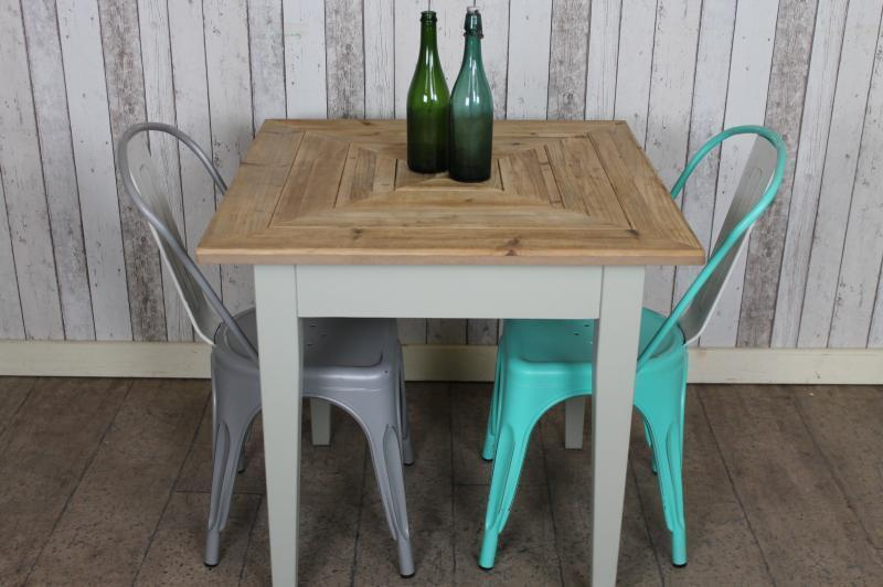 Details about 60CM X 60CM VINTAGE RUSTIC STYLE SQUARE CAFE TABLE IN  RECLAIMED PINE SHABBY CHIC