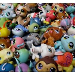 Kyпить Littlest Pet Shop Lot 10 Pcs Random Figures and 2 Accessories Authentic LPS на еВаy.соm