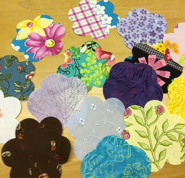 Quilter's Die Cut Applique Shapes - Bag of 100+ Flowers (Plus BONUS FREE leaves)
