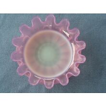 Victorian 1880's STEVENS & WILLIAMS cranberry opalescent threaded Bowl dish