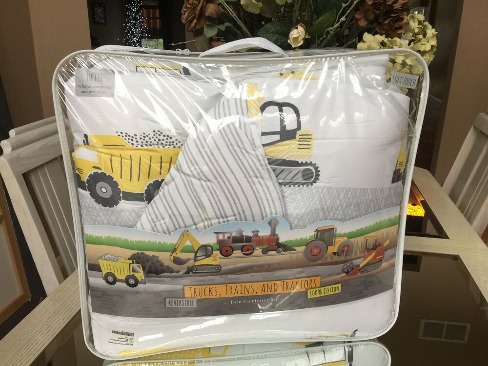 Twin Comforter Set TRUCKS TRAINS TRACTORS Reversible