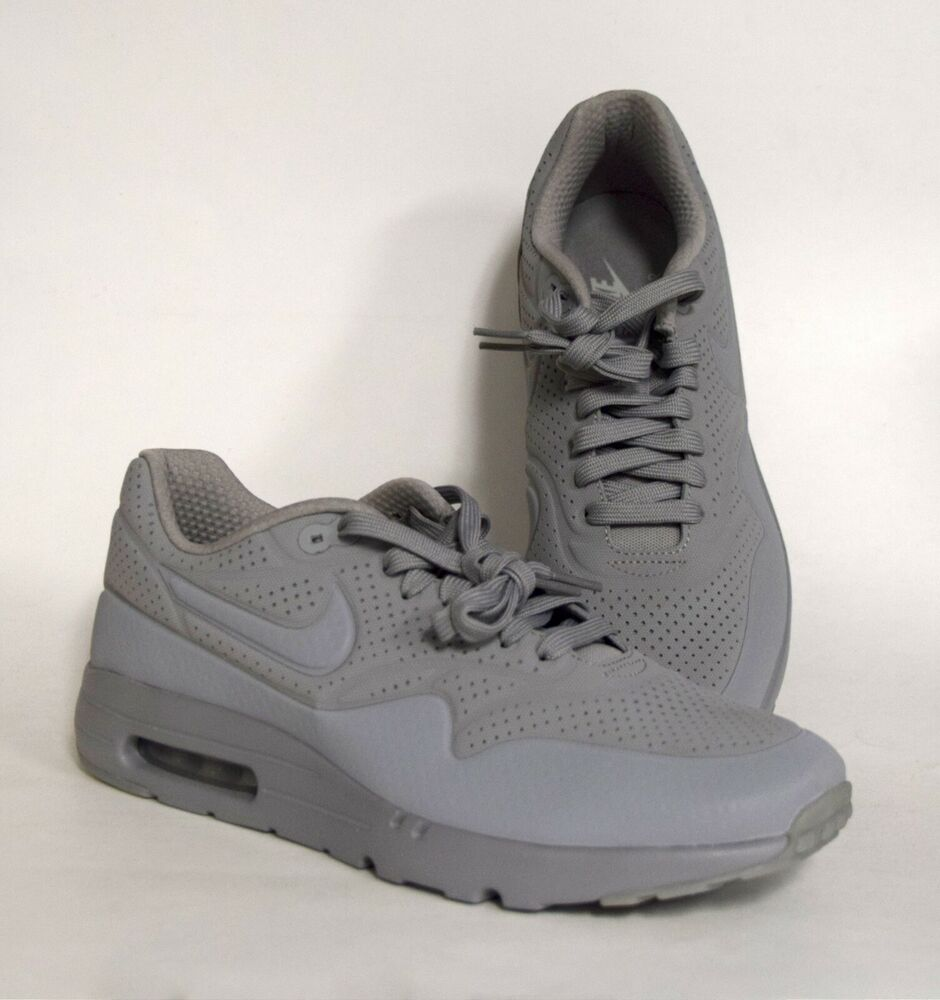 low priced acb56 ebf28 Details about NEW GENUINE Nike Mens Sz 9 AIR MAX ULTRA MOIRE Medium Grey Gray  Shoes 705297-005