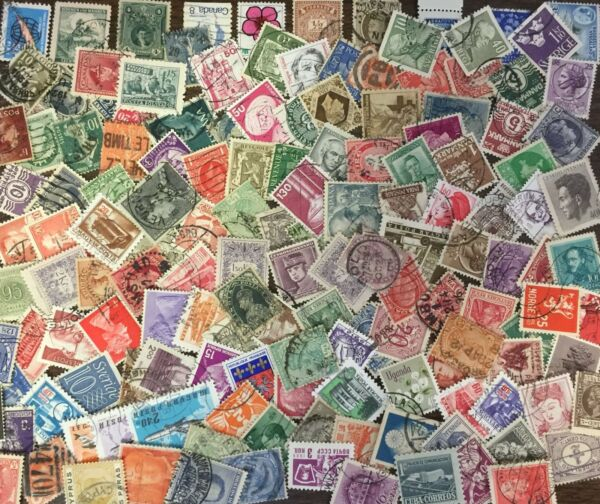 [Lot D] 500 SMALL/DEFINITIVE Worldwide Stamps - GOOD Variety!
