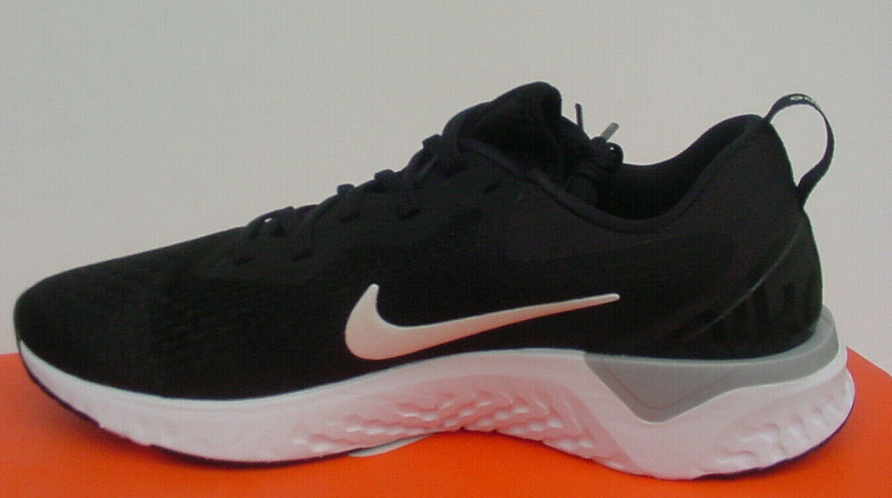 timeless design b4673 b197b Details about NIB Nike Odyssey React Sneakers Black White Gray AO9820-001  Womens Sz 6 -10