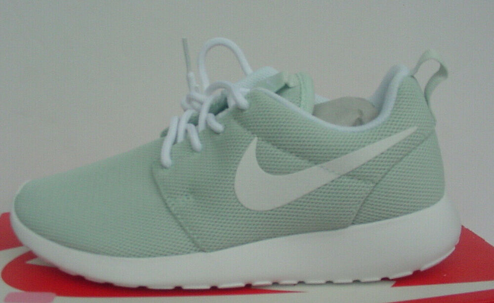 new arrivals cf906 9b480 Details about NIB Nike Roshe One Sneakers Fiberglass-Green White 844994-801  Women s Sz 6 - 9.5