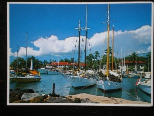 POSTCARD OCEANIA AUSTRALASIA MAUI LAHAINA HARBOUR UNDER MUSHROOM CLOUDS