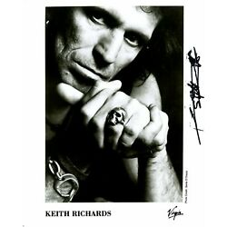 Kyпить KEITH RICHARDS PROMOTIONAL PHOTOGRAPH SIGNED на еВаy.соm