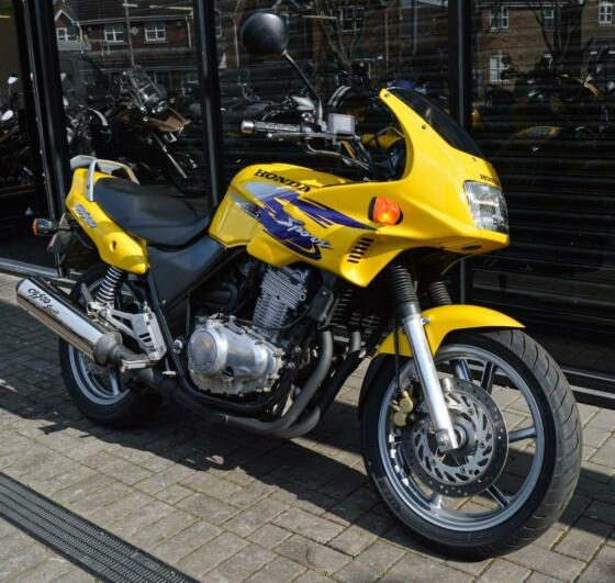 1999 HONDA CB500 * 12 MONTHS MOT * PERFECT FIRST BIKE OR COMMUTER * VGC