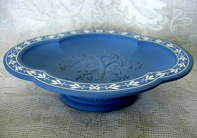 Collectible blue wedgewood inspired design ceramic footed for Wedgewood designs