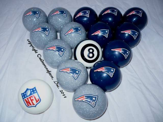 Patriot Pool Table: New England Patriots Football Billiard Pool Cue Ball Set