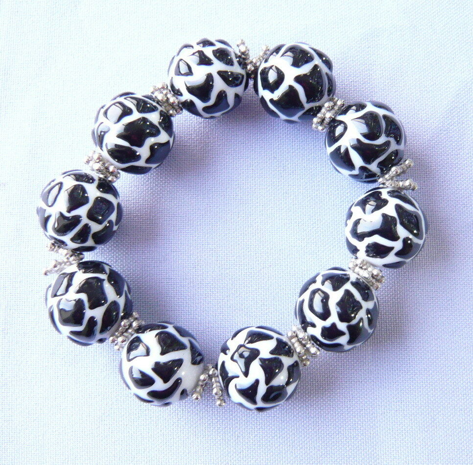 Animal Print Cow Black and White Resin Bead Bracelet New w ...