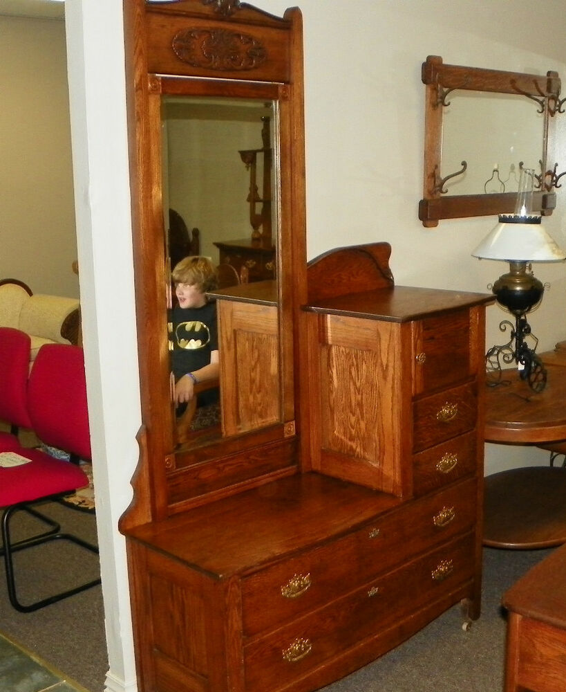 370551692353 on Quarter Sawn Oak Dresser