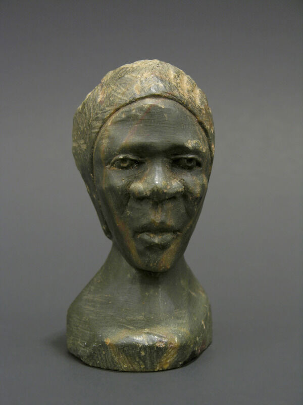 Early zimbabwe soapstone carving bust of african woman