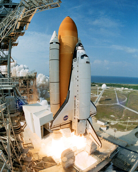 SPACE SHUTTLE ENDEAVOUR LAUNCH STS-111 NASA 8x10 PHOTO | eBay