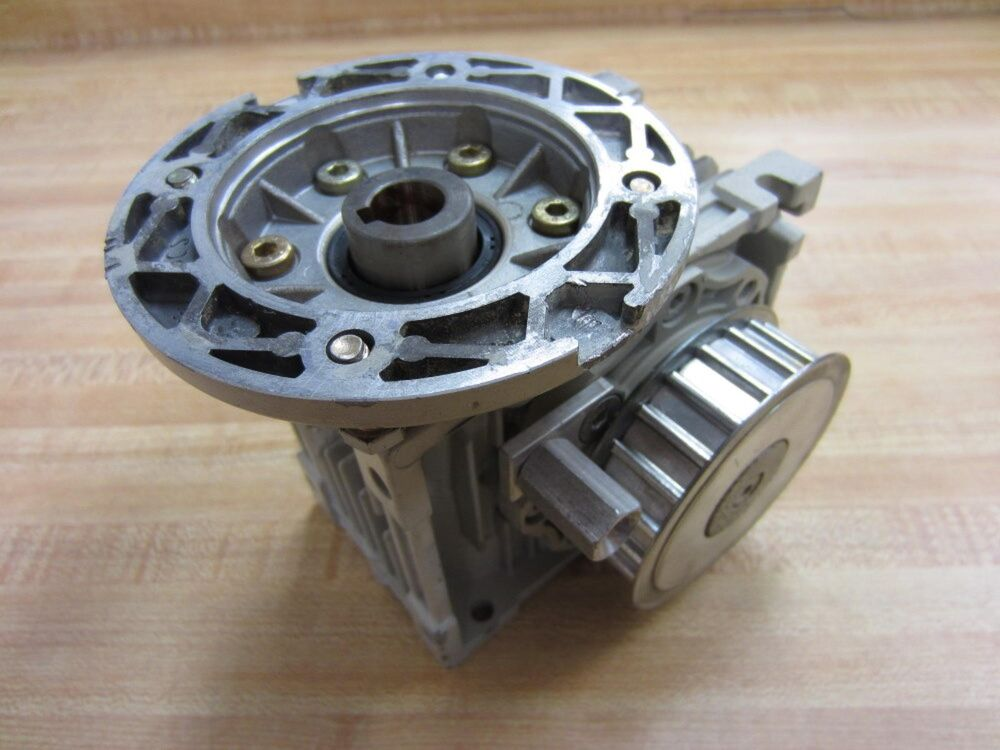 Lenze Gsn04 1nhar Gsn041nhar Gear Box Used Ebay