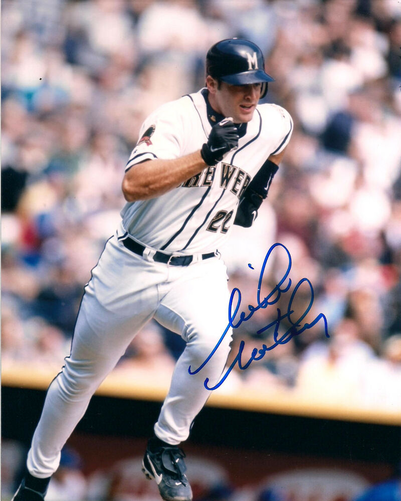 MIKE MATHENY MILWAUKEE BREWERS AUTOGRAPHED SIGNED 8X10