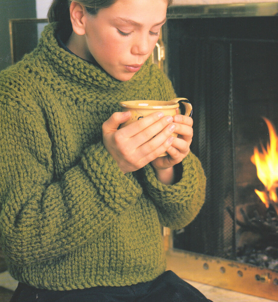 Knitting History Facts : Easy beginner sweater super bulky wool big needles