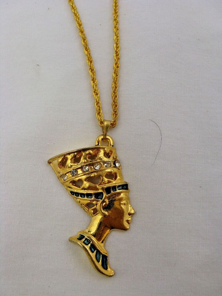 Egyptian Gold Plated Metal Queen Nefertiti Necklace Chain ...  Egyptian Gold P...