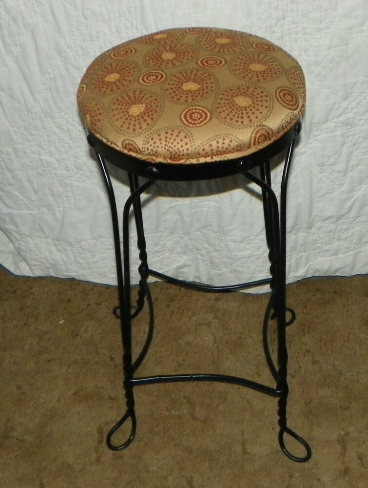 Black Wrought Rod Iron Metal Bar Stool with Abstract Print  : s l1000 from www.ebay.com size 755 x 1000 jpeg 110kB