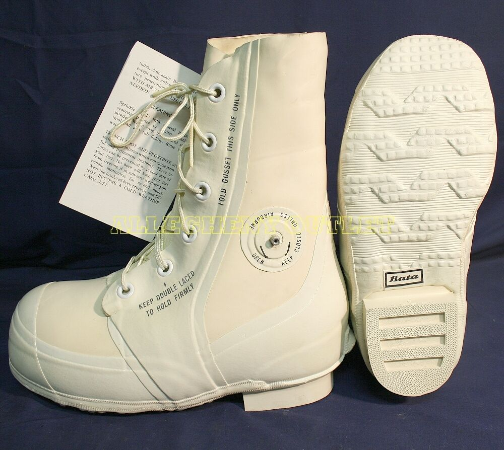 Bata White Mickey Mouse Bunny Boots 30 176 Extreme Cold