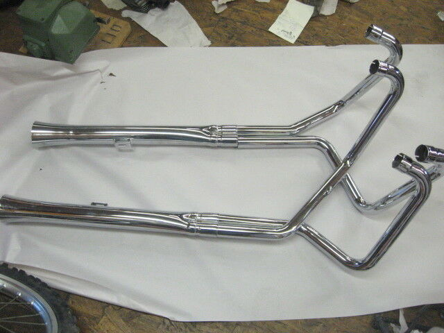 vintage motorcycle 4 into 2 exhaust