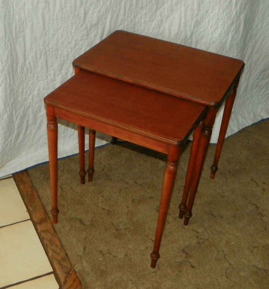 Mahogany imperial nesting side tables end t