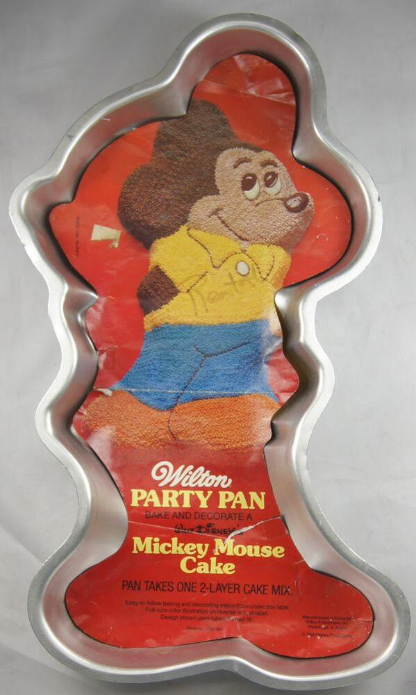 mickey mouse cake pan mickey mouse cake pan from wilton 1805 ebay 5879
