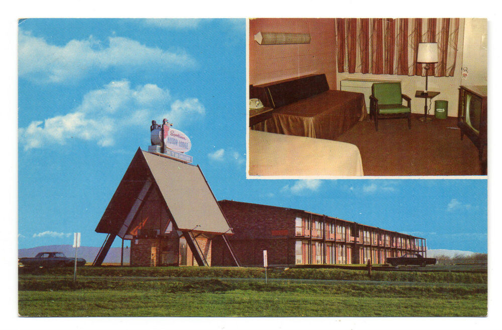 Charles town wv sportsmen 39 s motor lodge postcard 1960s ebay for Town house motor inn