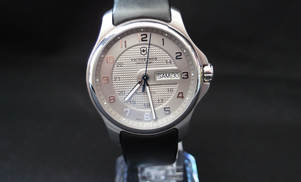 victorinox swiss army officer 39 s day date automatic grey