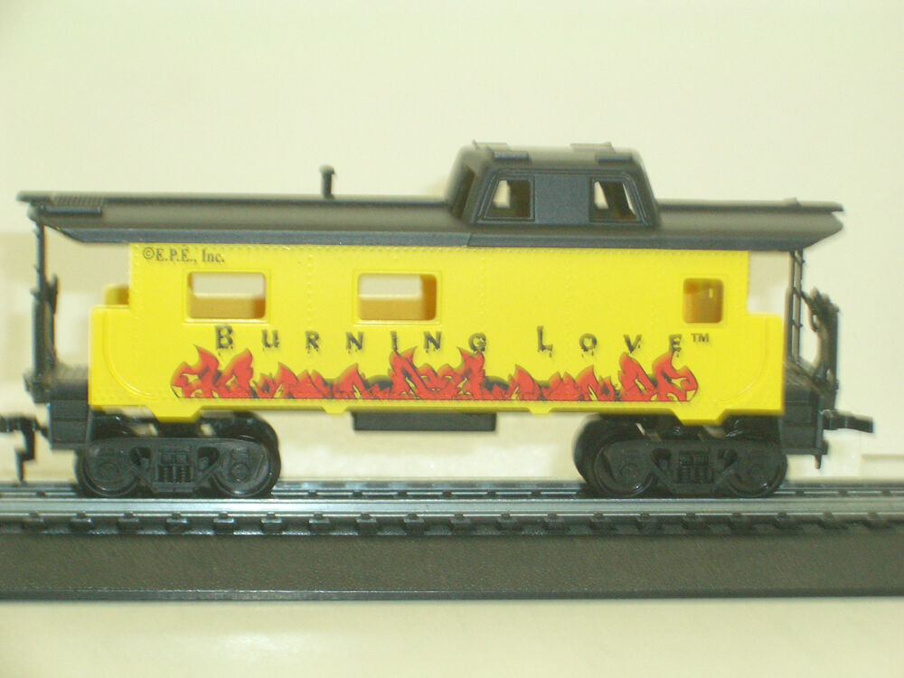 ho 1 87 scale train elvis presley burning love caboose ihc new 3423 ebay. Black Bedroom Furniture Sets. Home Design Ideas