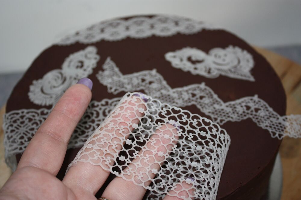 Cake Decorating With Edible Lace : Cake Magic Edible Lace Paste Sugar Recipe Unique for Lace ...