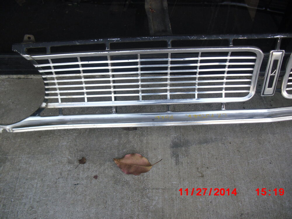 1968 70 falcon grill center good used ebay - Grille barbecue 70 x 40 ...