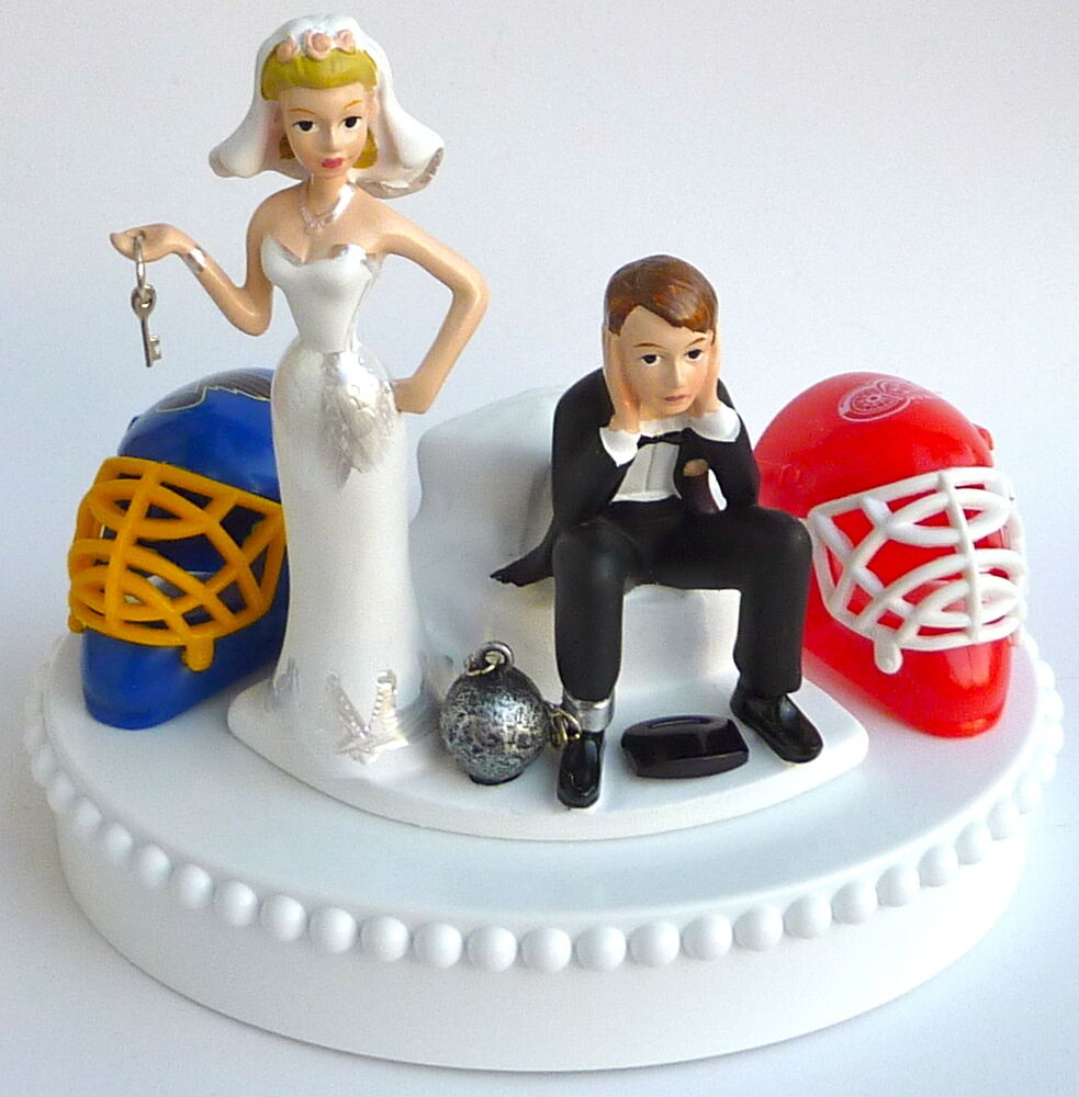 sports wedding cake toppers wedding cake topper team rivalry house divided hockey key 7624