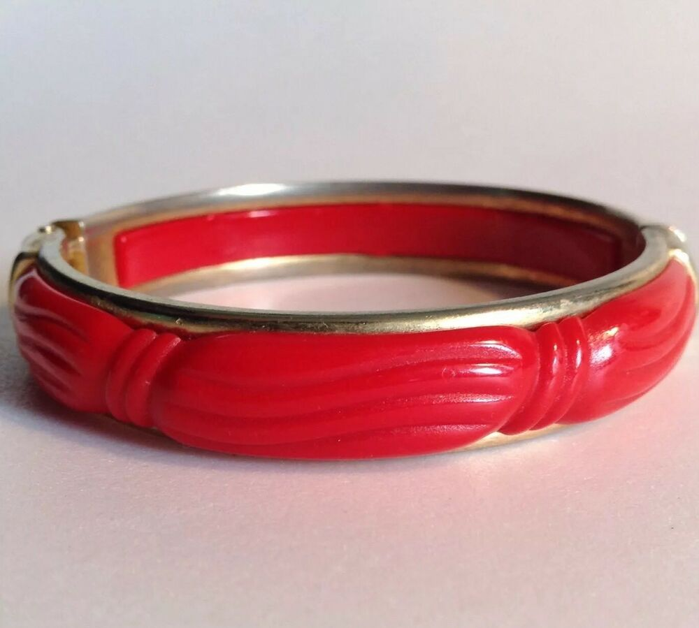 vintage vintage carved plastic hinged bangle bracelet
