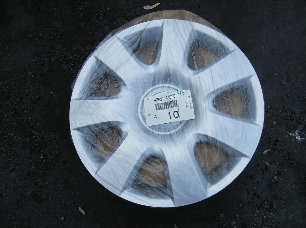 set of 4 2000 to 2006 toyota camry hubcaps wheel covers ebay. Black Bedroom Furniture Sets. Home Design Ideas