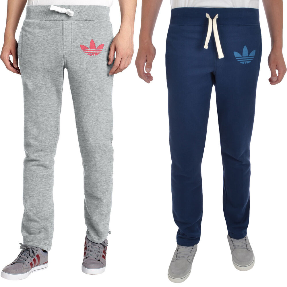 Joggers play an important role in the modern man's look. Soft fabrics guarantee maximum comfort. Its casual designs are perfect for day to day use.