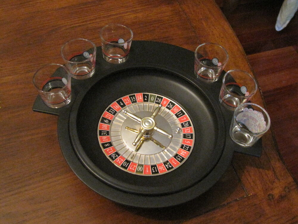 vintage las vegas roulette drinking game very intertaining ebay. Black Bedroom Furniture Sets. Home Design Ideas