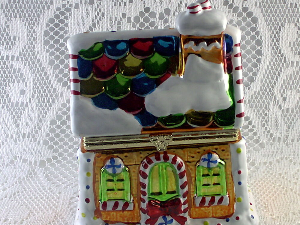 Mr christmas gingerbread house music box with animated for Christmas house music