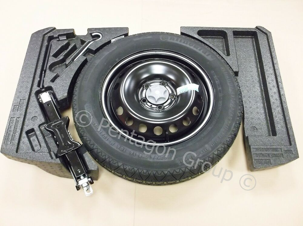genuine nissan qashqai 2014 spare wheel space saver foams tool kit tyre ebay. Black Bedroom Furniture Sets. Home Design Ideas