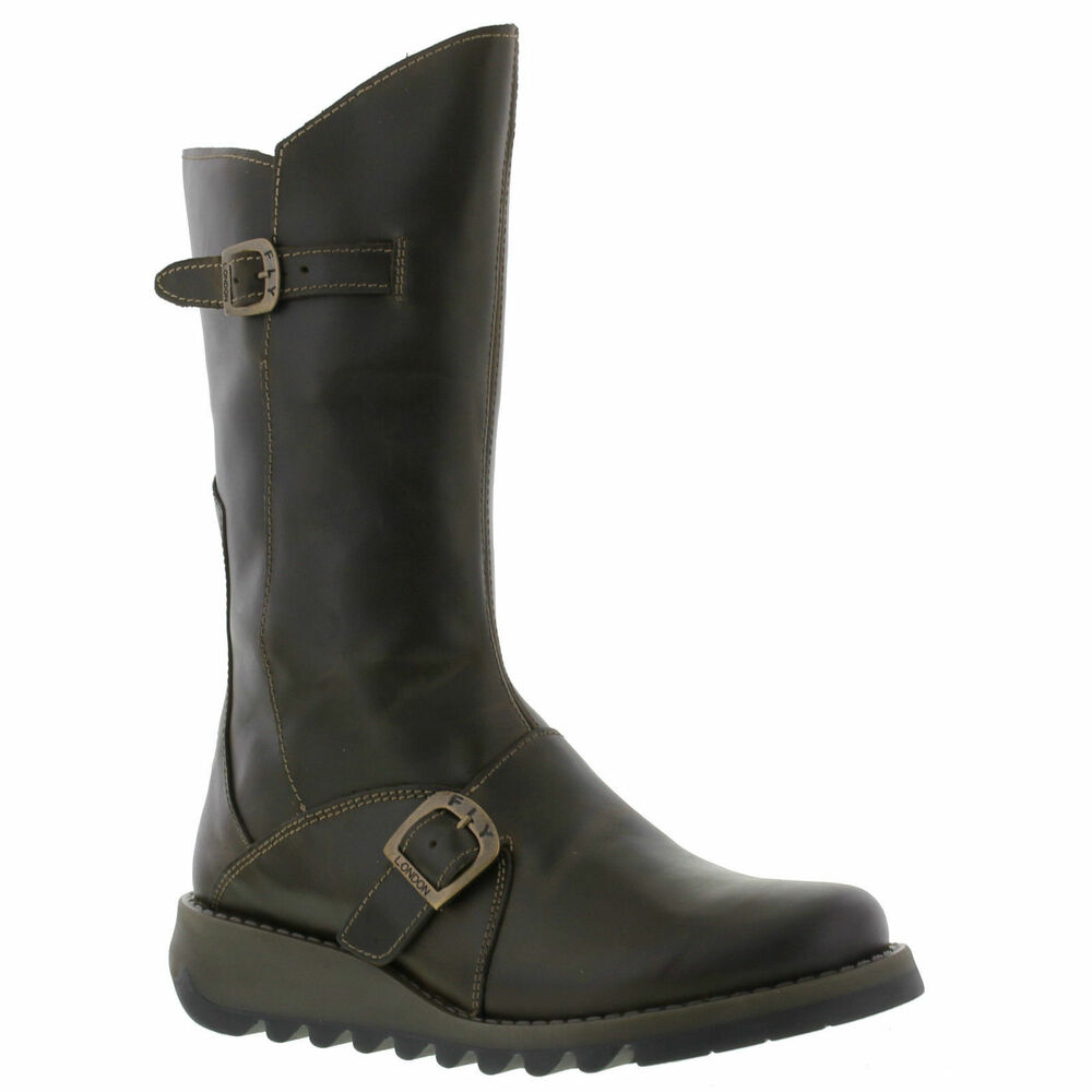 Boots The Frye Company crafts only the finest women's leather boots. Shop our iconic collections to find a variety of Short, Mid-Calf and Tall Boots that are sure to complement your personal style.