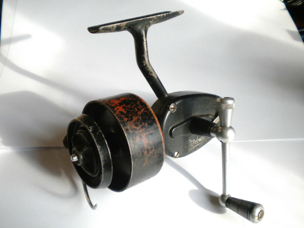 Vintage fishing reel moulinet mitchell 300 half bail 1940 for Vintage fishing reels