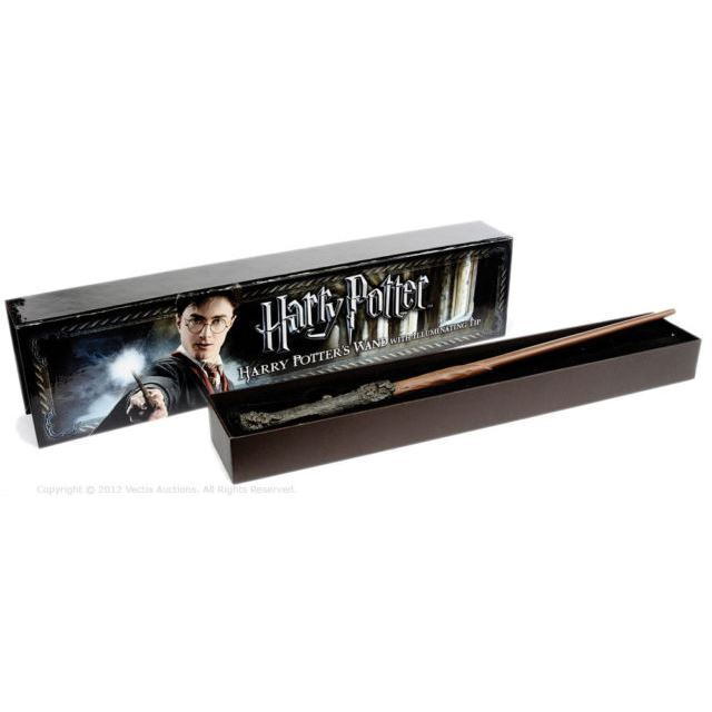Harry potters illuminating light up wand official noble for Light up elder wand