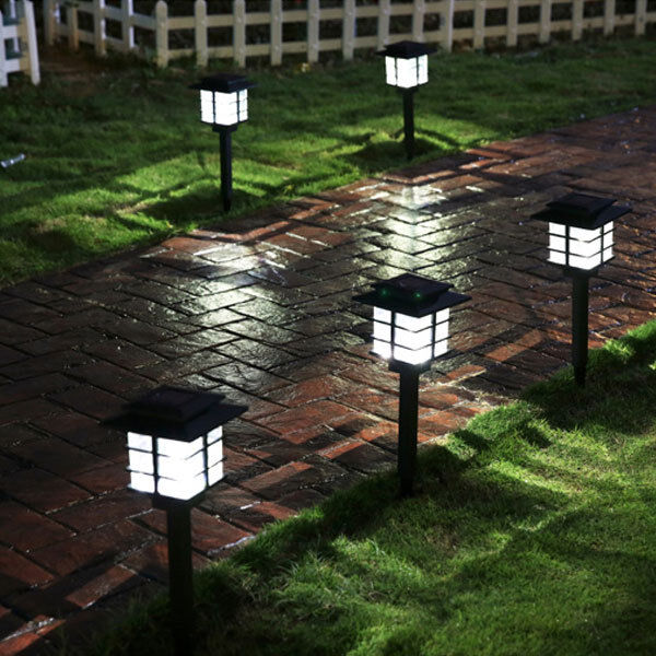4 Pcs Outdoor Bright White LED Solar Power Lawn Landscape