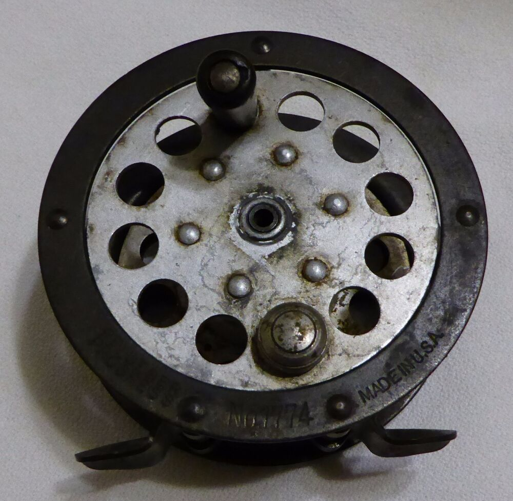 Vintage pflueger progress no 1774 fly reel used made in for American made fishing reels