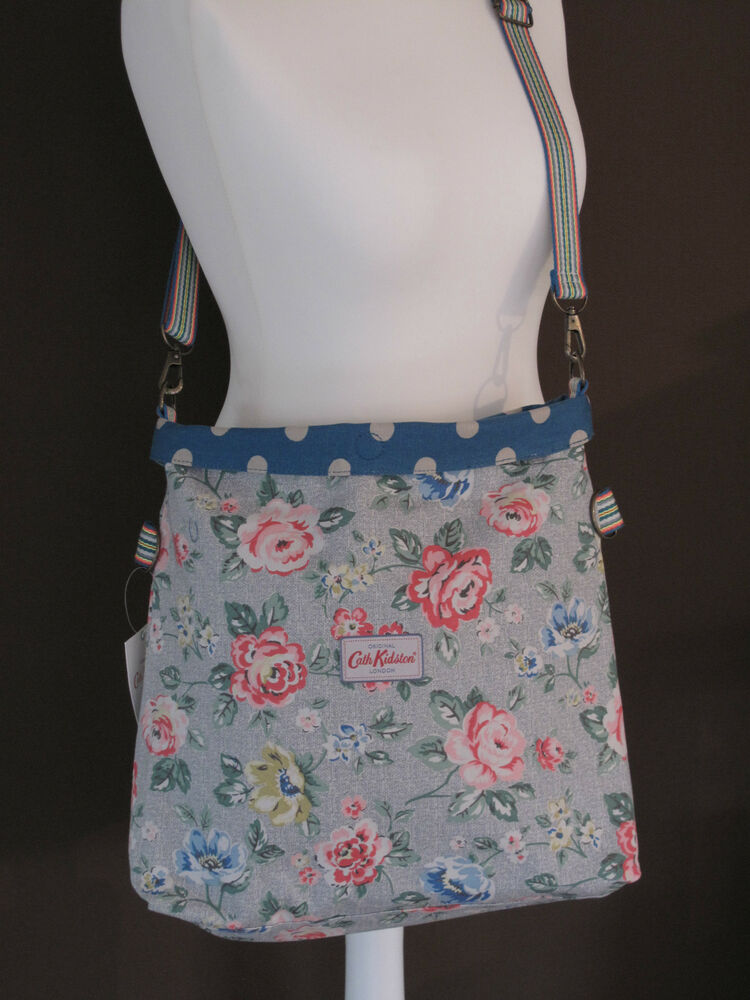 cath kidston tasche wendetasche rainbow rose dusty blue rosen punkte ebay. Black Bedroom Furniture Sets. Home Design Ideas